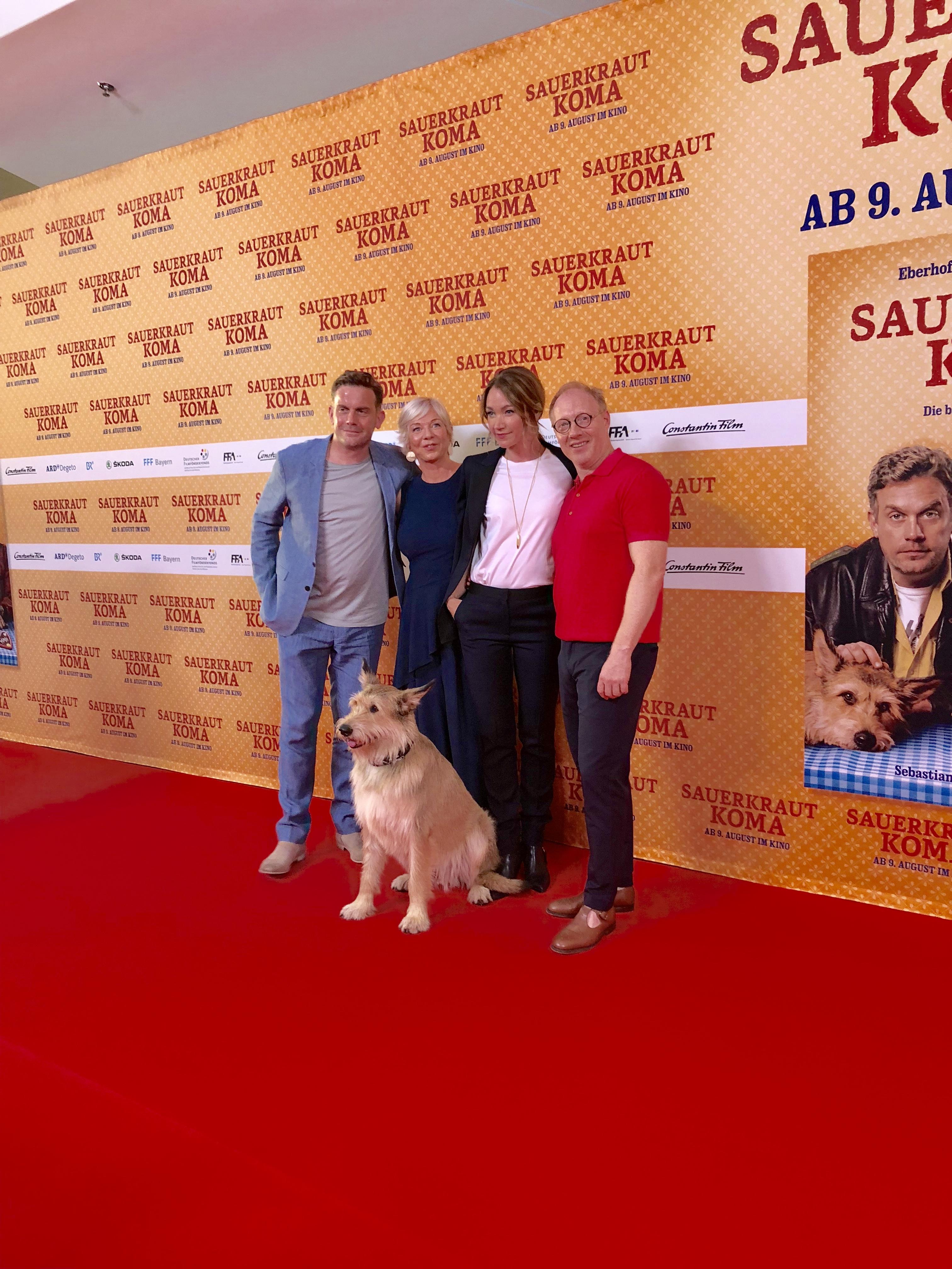 Die Stars von Sauerkrautkoma mit Autorin Rita Falk