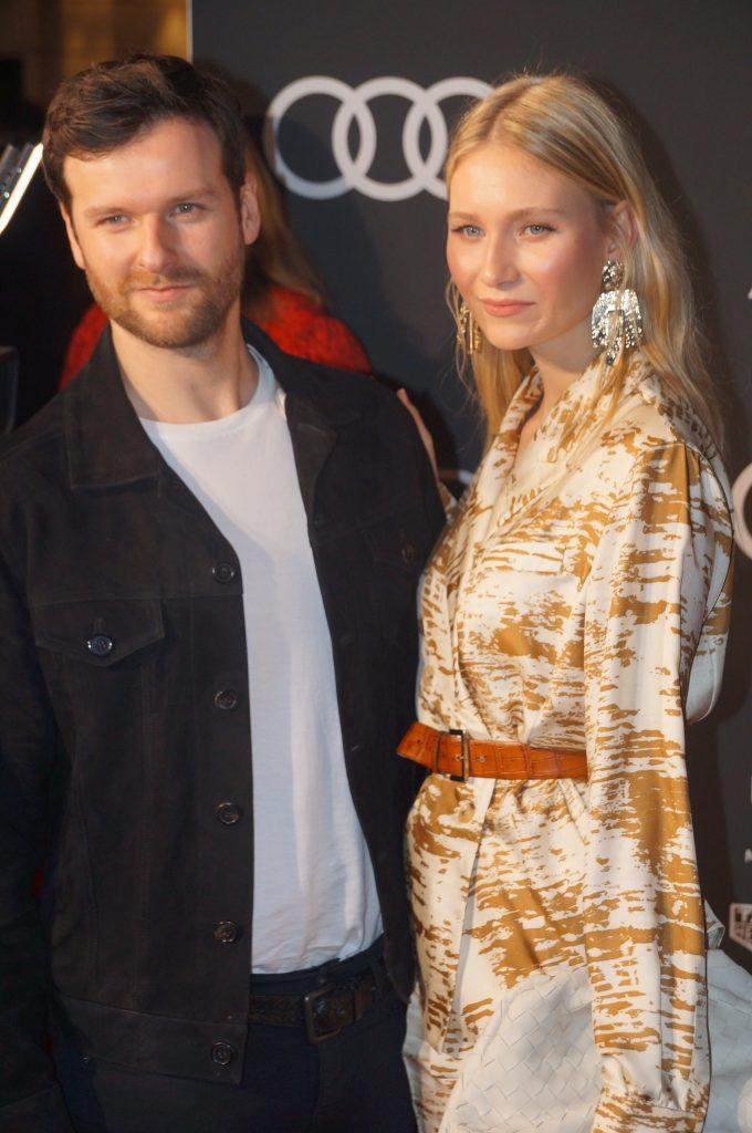 Carolin Niemczyk & Daniel Gruenenberg von Glasperlenspiel ehrten LEA