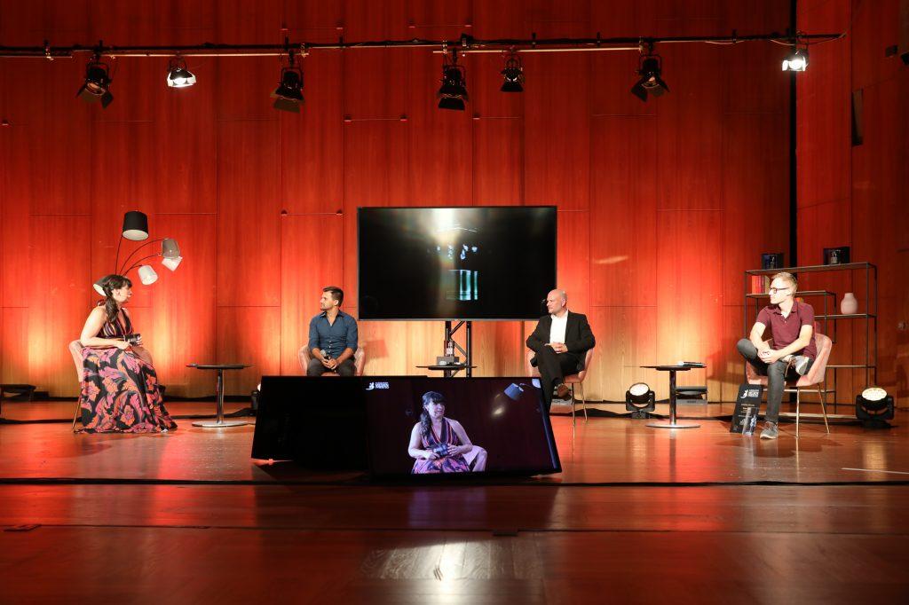 """Im Interview mit den Gewinnern in der Kategorie """"Haltung""""(v.l.): Michael Kalb, Christoph Lang und Timian Hopf, Bild: Stefan Mayr Lighthouse Fotografie"""